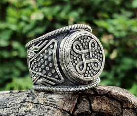 Viking Shield Knot Ring  Viking Ring Shield Ring Sterling Silver Ring Scandinavian Norse Viking Jewelry (from Eketorp, Sweden)  (1)