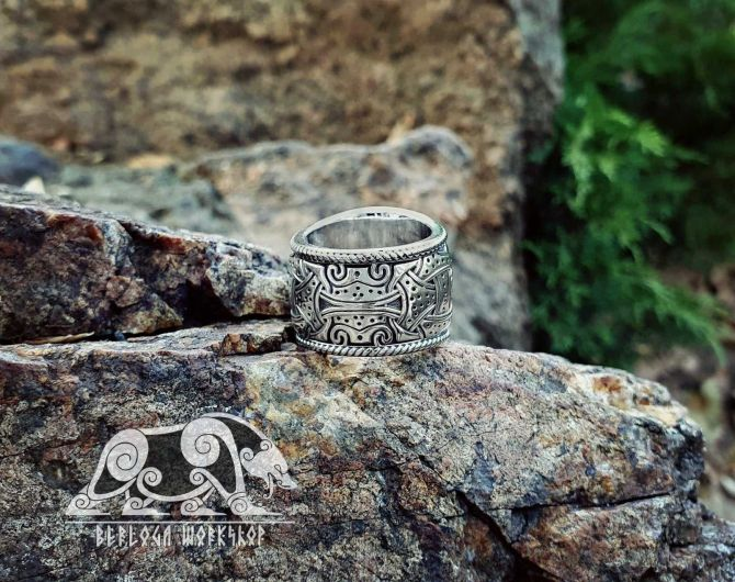 Viking Shield Knot Ring Massive Solid Viking Ring Shield Ring Sterling Silver Ring Scandinavian Norse Viking Jewelry (from Eketorp, Sweden)  (2)